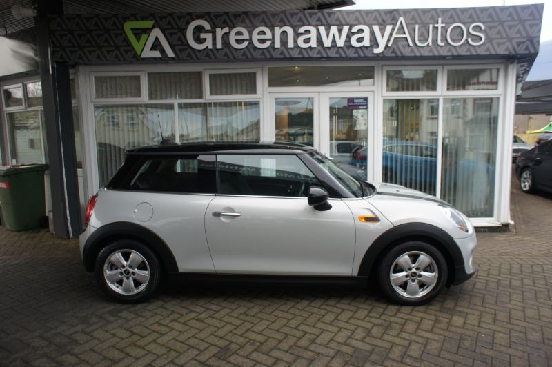 Used MINI HATCH in Cardiff, Wales for sale