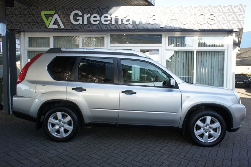 Used NISSAN X-TRAIL in Cardiff, Wales for sale
