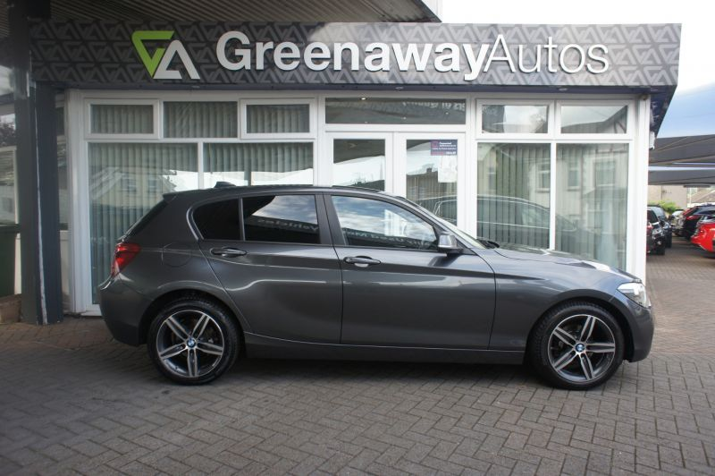 Used BMW 1 SERIES in Cardiff, Wales for sale
