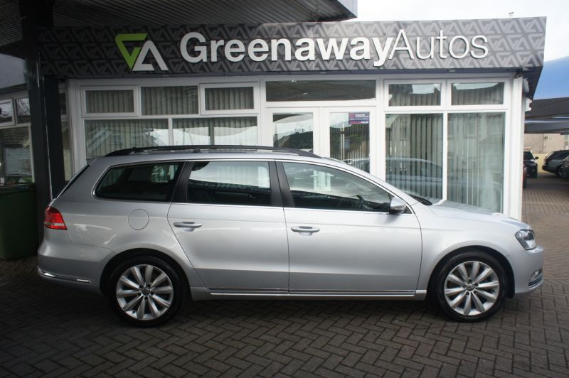 Used VOLKSWAGEN PASSAT in Cardiff, Wales for sale