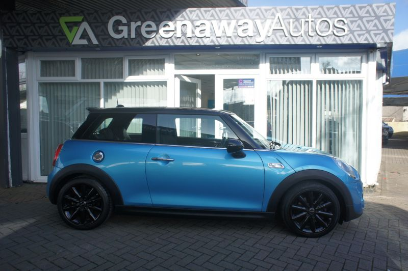 Used MINI HATCH in Pontypridd, Wales for sale