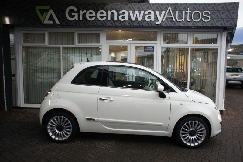 Used FIAT 500 in Cardiff, Wales for sale