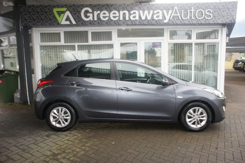 Used HYUNDAI I30 in Cardiff, Wales for sale