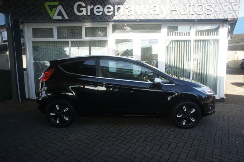 Used FORD FIESTA in Pontypridd, Wales for sale