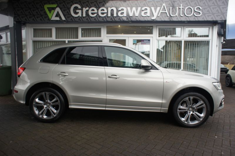 Used AUDI Q5 in Pontypridd, Wales for sale