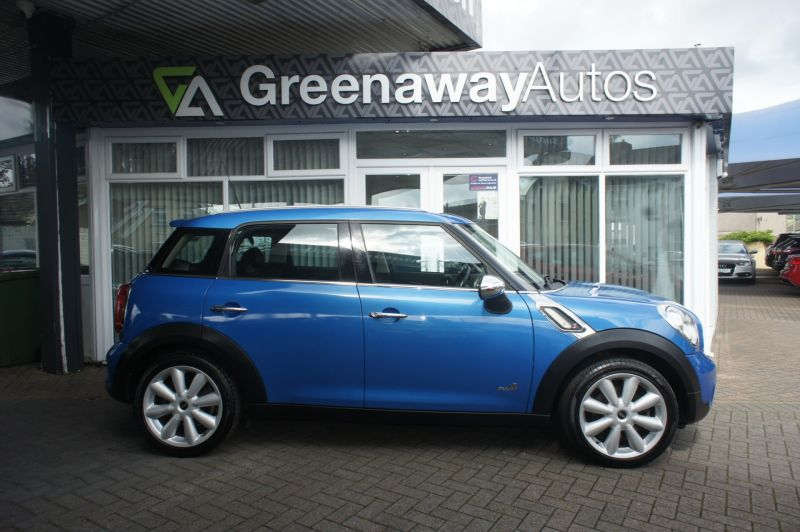 Used MINI COUNTRYMAN in Cardiff, Wales for sale