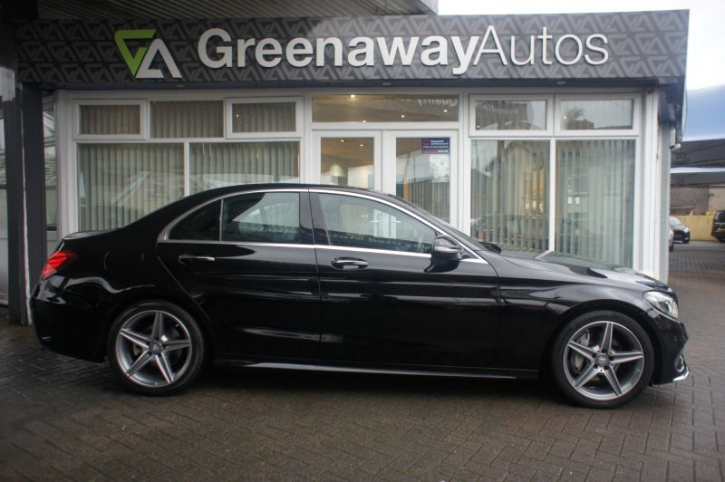 Used MERCEDES C-CLASS in Pontypridd, Wales for sale