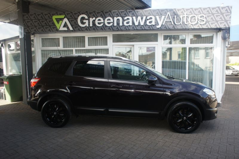 Used NISSAN QASHQAI in Cardiff, Wales for sale
