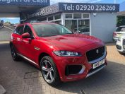 JAGUAR F-PACE V6 S AWD BEAUTIFUL CAR GREAT COLOUR - 1968 - 4