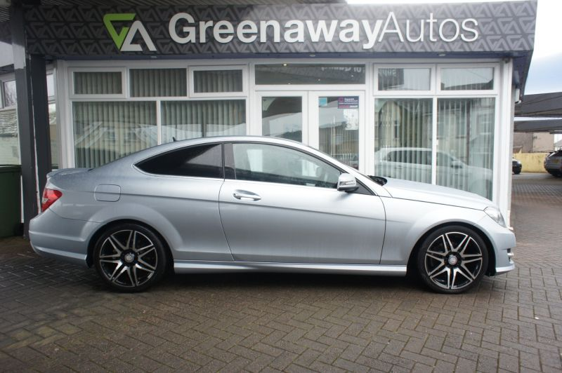 Used MERCEDES C-CLASS in Cardiff, Wales for sale